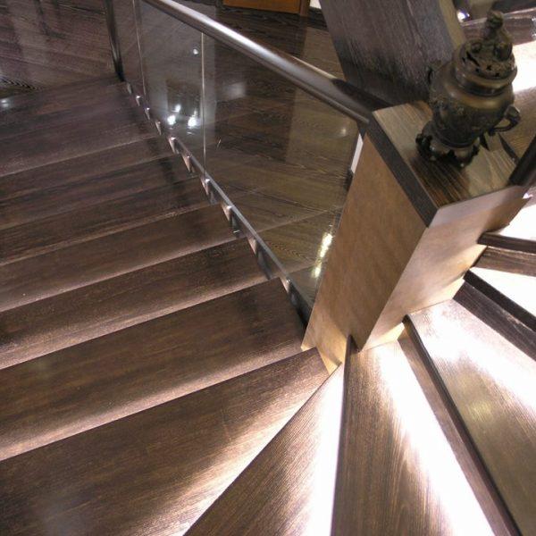 П-образная бетонная лестница с забежными ступенями фото 12 МОНОЛИТМАСТЕР