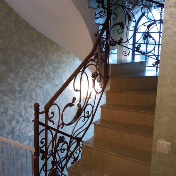 П-образная бетонная лестница с забежными ступенями фото 18 МОНОЛИТМАСТЕР