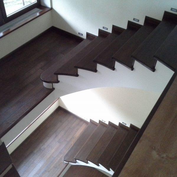 П-образная бетонная лестница с площадкой фото 2 МОНОЛИТМАСТЕР