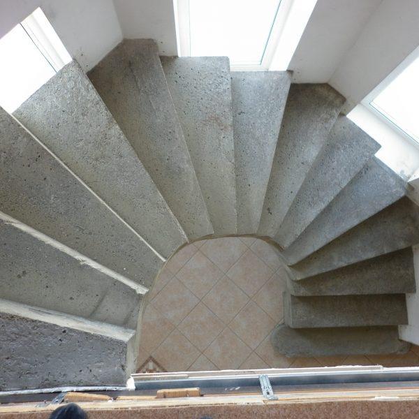 Бетонная лестница (монолитная) без отделки 17 МОНОЛИТМАСТЕР